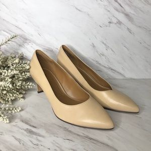 Clark's Collection Soft Cushion Beige low heels